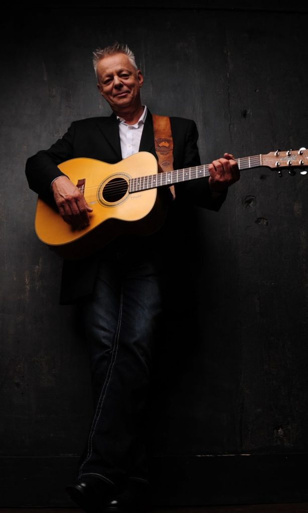 MBR_ARTIST_PAGE_FEATURED_TOMMY_EMMANUEL